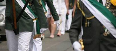 Darf ein Verein die Teilnahme von Frauen bei einem traditionellen Volksfest verhindern?