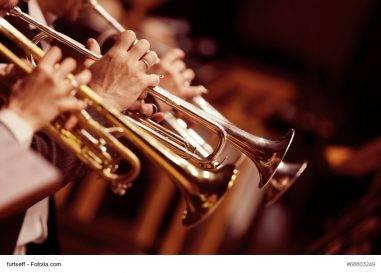 Dirigent eines Orchesters: Selbständig oder scheinselbständig?