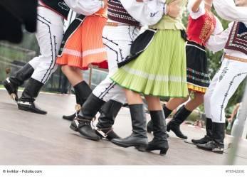 273/17 Künstlersozialkasse: Zur Abgabepflicht für Tänzer in TV-Shows