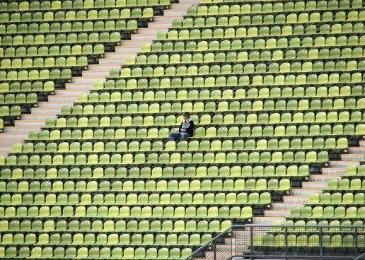 Haftung des Veranstalters eines «Public-Viewing-Events» für Sicherheit auf Sitztribüne