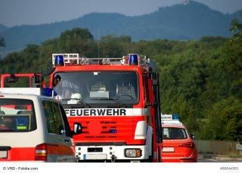 49/17 Brandenburg: 2 Verletzte bei Verpuffung