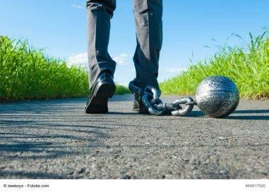 Arbeitszeit überzogen: Kann der Arbeitnehmer seinen Versicherungsschutz verlieren?