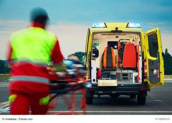 265/17 Tschechien: Fallschirmspringer stürzt in Zuschauer