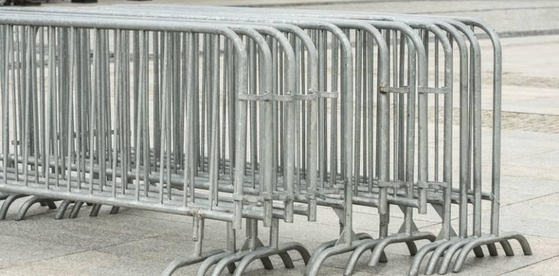 139/10 Gitter im Eingangsbereich