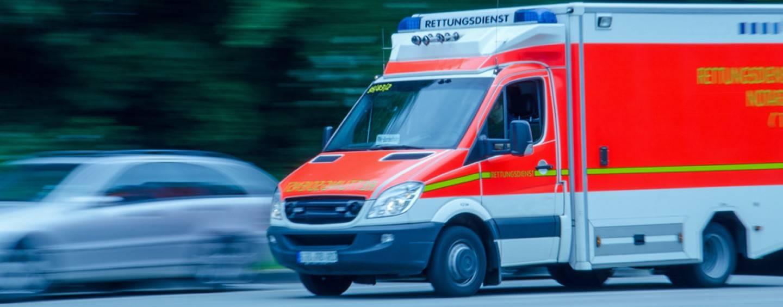 Nürburgring: Fahrzeug fliegt in Zuschauergruppe